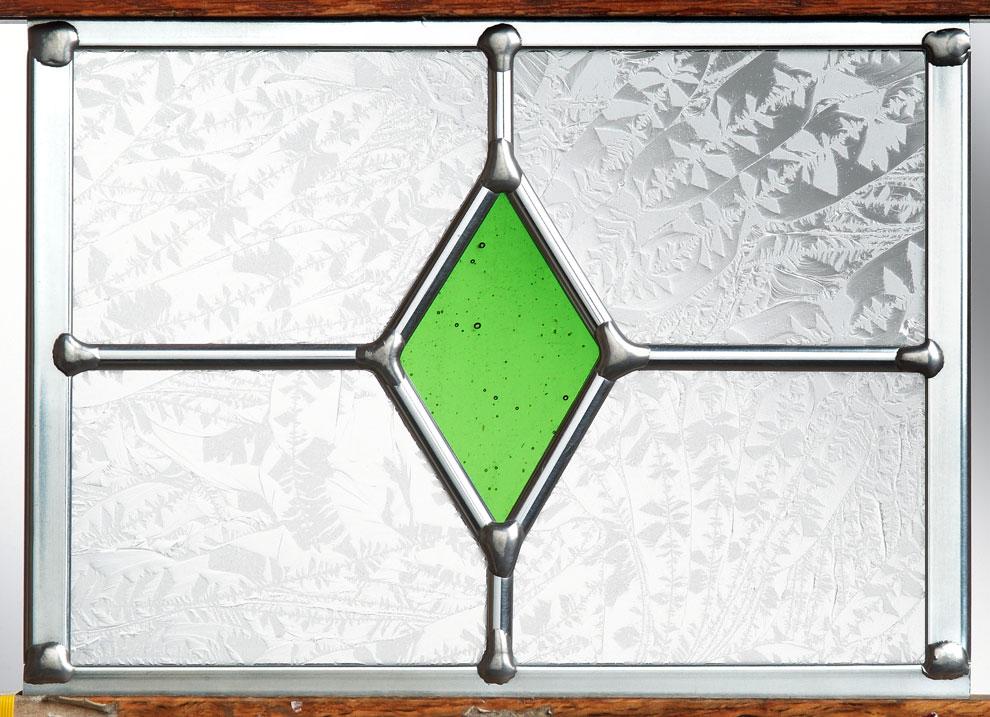kara_9s_green